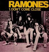 Ramones - Don't Come Close (hudební videoklip)
