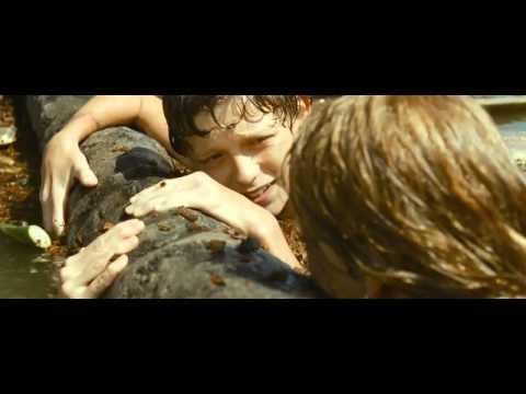 Nic nás nerozdělí (2012) - trailer