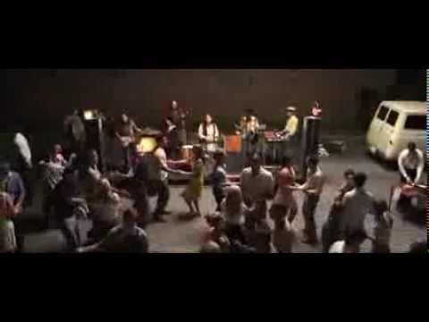 Co čas nezahojil / Jayne Mansfield's Car (2012) Trailer (EN) - DVDOBCHOD.CZ