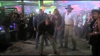 Dalších 48 Hodin - scéna v baru (špatnej den)