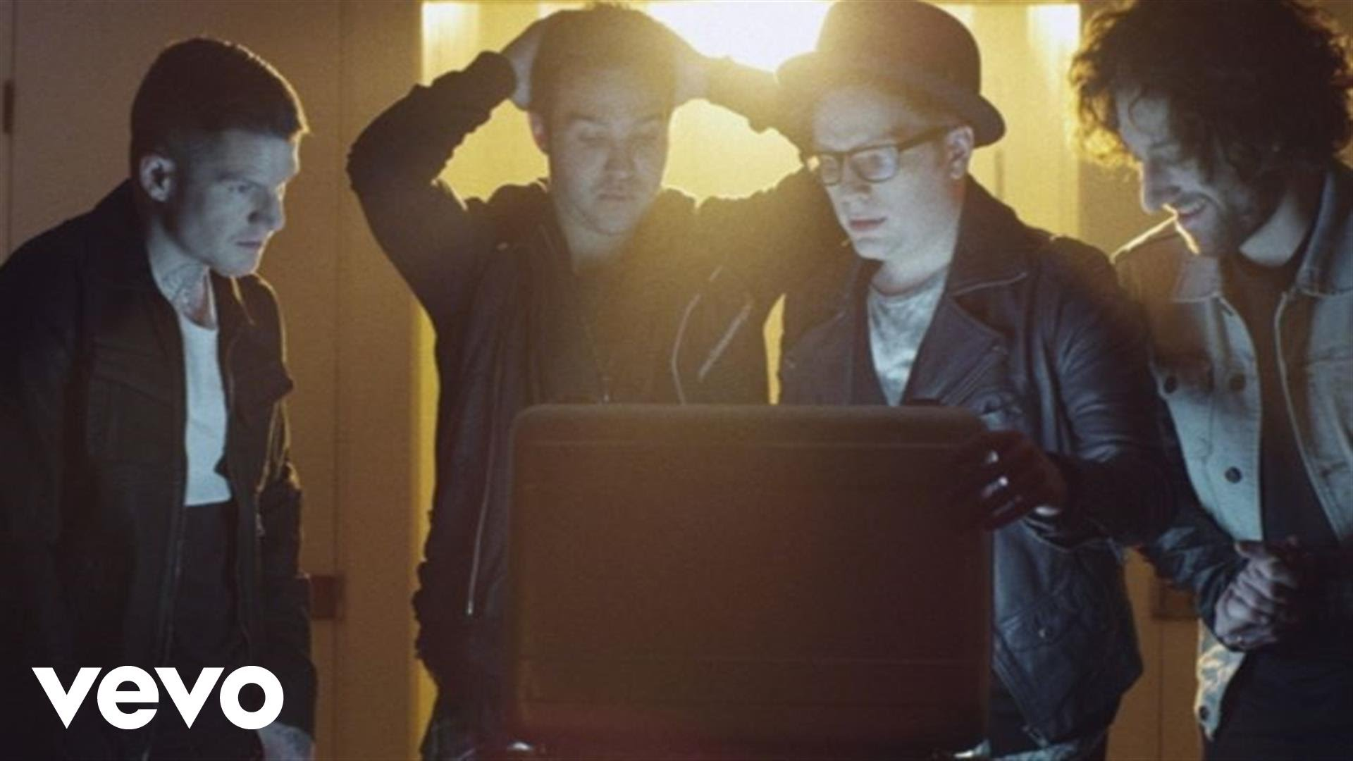 Fall Out Boy - The Young Blood Chronicles (Uncut Longform Video)