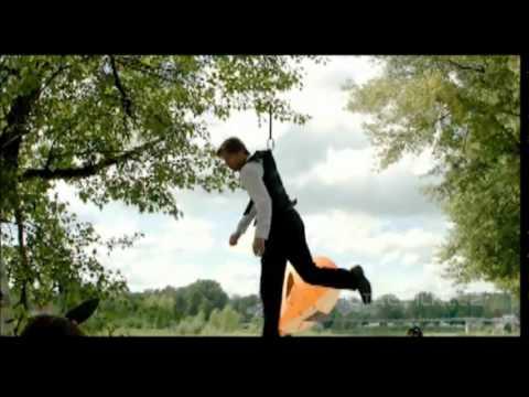 LÍBÁŠ JAKO ĎÁBEL (2012) první trailer