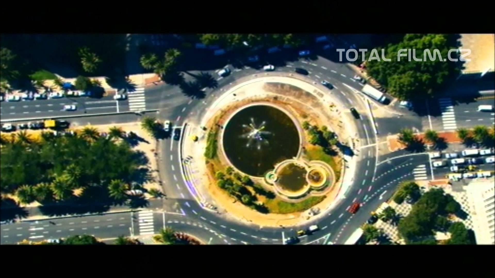 NEPŘÍTEL POD OCHRANOU / SAFE HOUSE (2012) oficiální český trailer