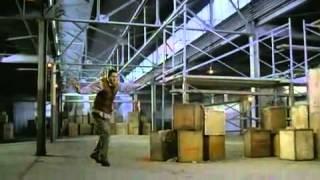 Neprůstřelný mnich (2003) - trailer