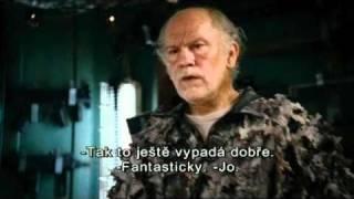 RED: VE VÝSLUŽBĚ A EXTRÉMNĚ NEBEZPEČNÍ - český trailer