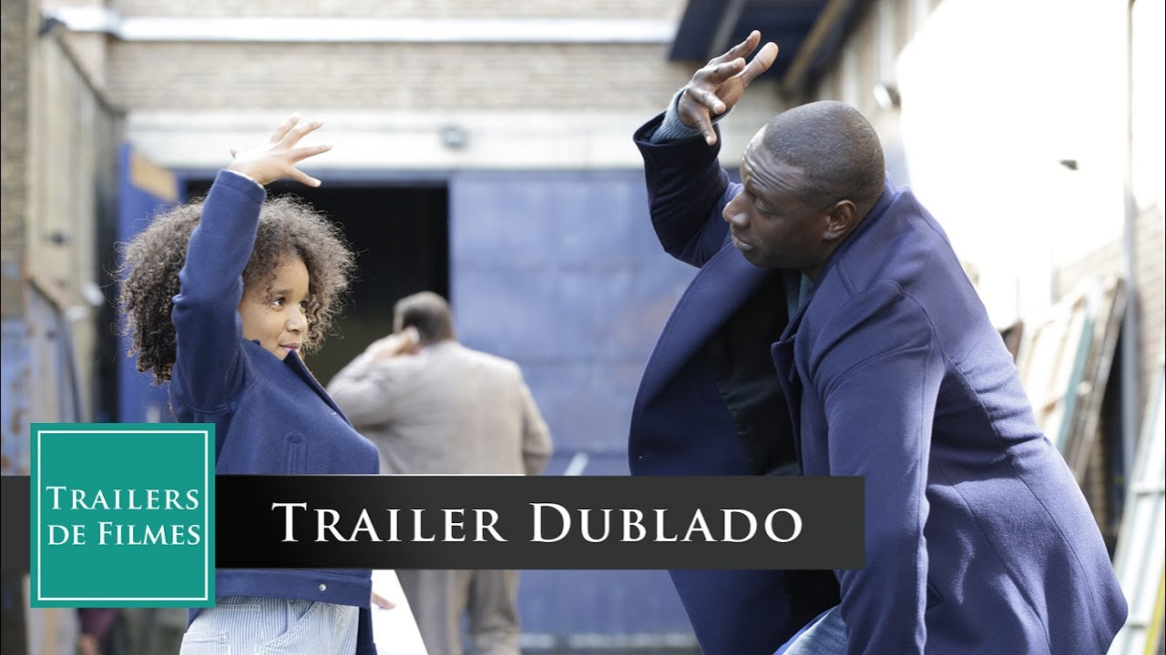 Uma Família de Dois (Demain tout commence 2016) Trailer Dublado